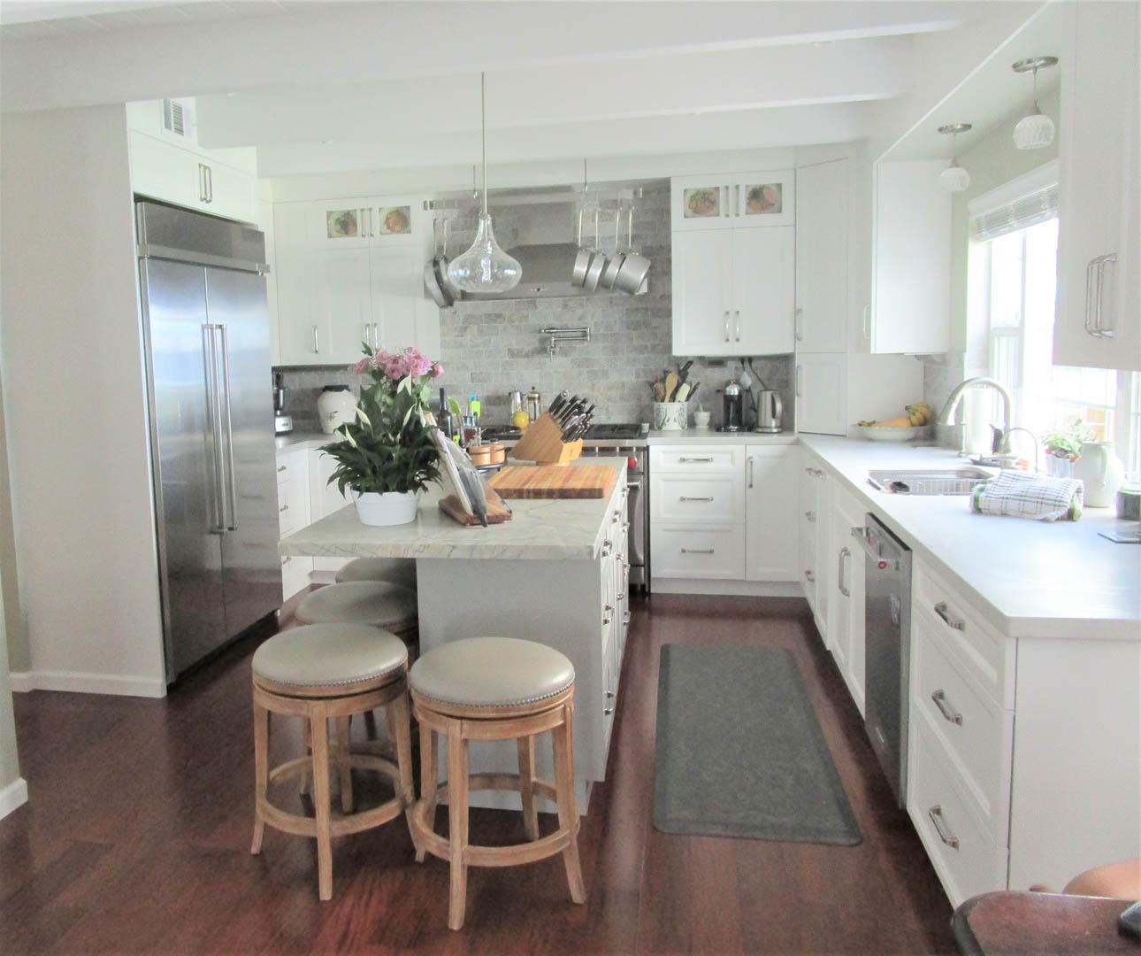 Kitchen 2 (light Adjusted)